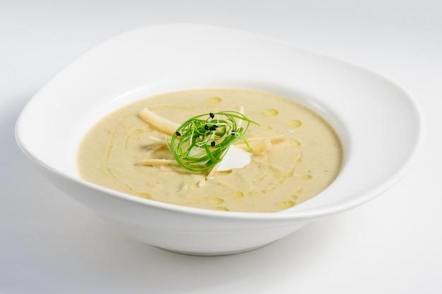 Aubergines crème soep met parmigiano Premium Foto