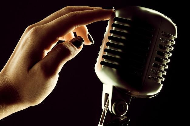 Audio microfoon retro-stijl Premium Foto