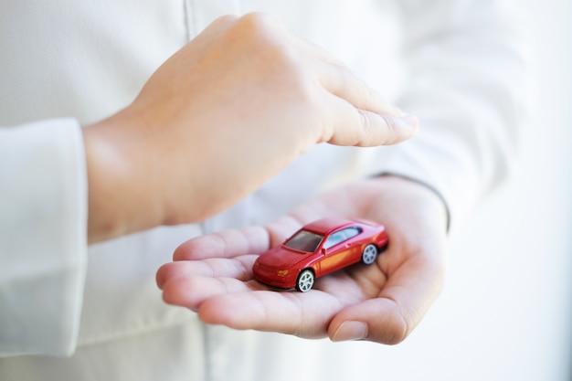 Autoverzekering en collision damage waiver concepts Premium Foto