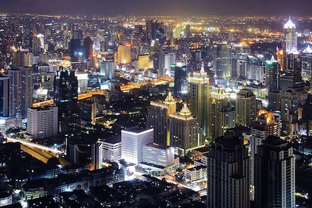 Bangkok skyline nacht Premium Foto