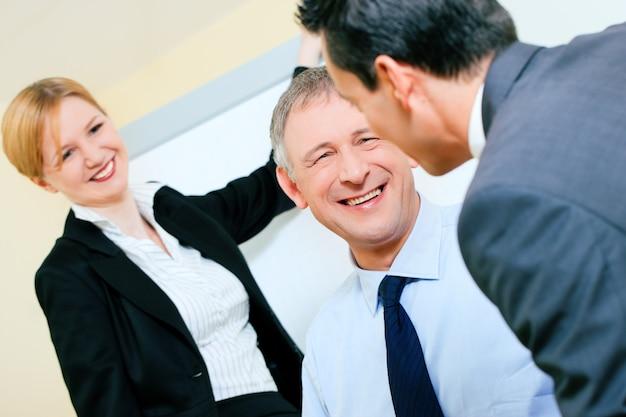 Bedrijfspresentatie in vergadering Premium Foto