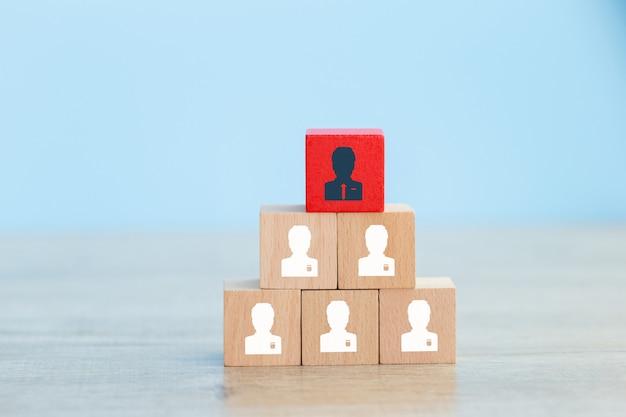 Bedrijfsstrategie om te slagen in de zeer actieve bedrijfspraktijken van vandaag. Premium Foto