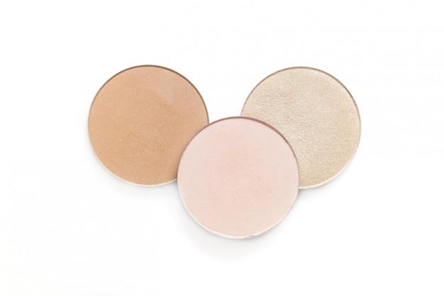 Beige en roze oogschaduw en rouge geïsoleerd op een witte achtergrond Premium Foto
