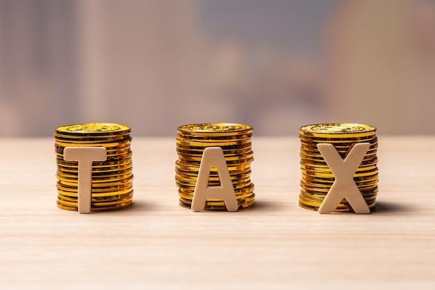 Belastingconcept met exemplaarruimte Premium Foto