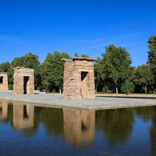 Beroemde debod-tempel in madrid, spanje Gratis Foto