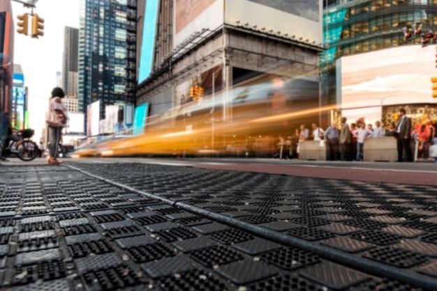 Beweging op het kruispunt van de stad Gratis Foto