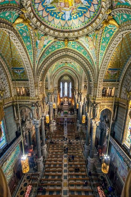 Binnenland van basiliek, notre dame de fourviere in lyon, frankrijk - europa Gratis Foto