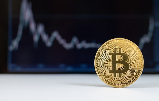 Bitcoin virtuele cryptocurrency met groeigrafiek Premium Foto