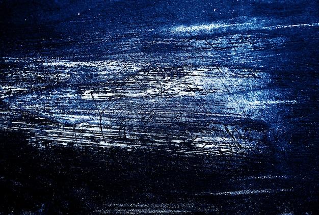 Blauwe donkere en witte de textuur abstracte achtergrond van de borstelslag. Premium Foto
