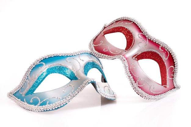 Blauwe en rode venetiaanse maskers Premium Foto