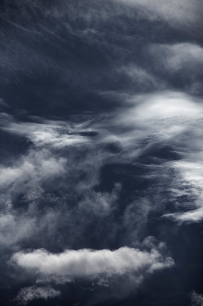 Blauwe lucht met cloud close-up Gratis Foto