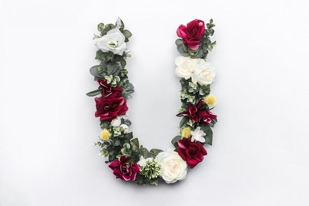 Bloem letter u floral monogram Gratis Foto