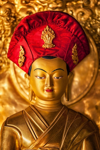 Boeddhabeeld in lamayuru klooster, ladakh, india Premium Foto