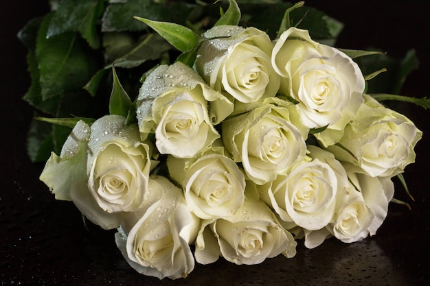 Boeket witte rozen Gratis Foto