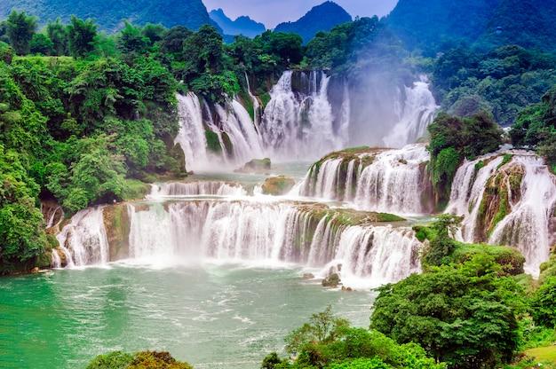 Bos landschap stroomt watercape jungle toerisme Gratis Foto