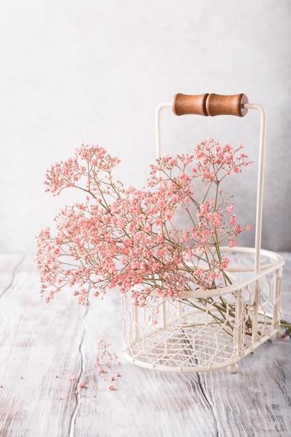 Bos van roze gypsophila Premium Foto