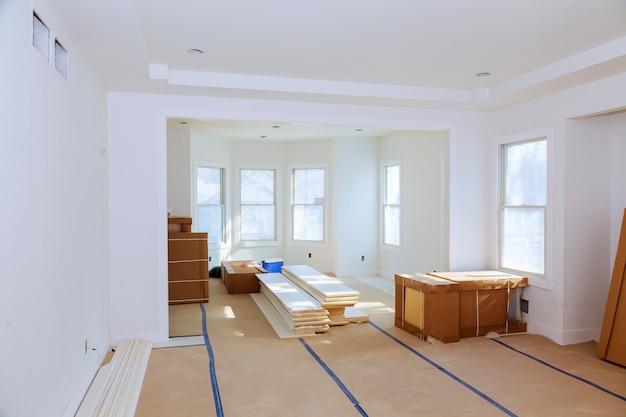 Bouw bouwnijverheid nieuwe huisbouw interieur gipsplaat Premium Foto