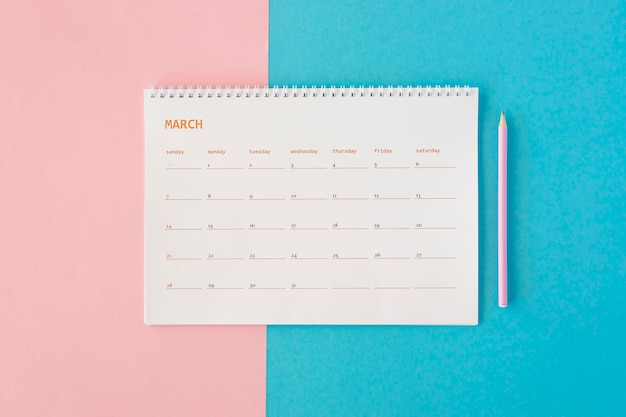 Bovenaanzicht briefpapier kalender Gratis Foto