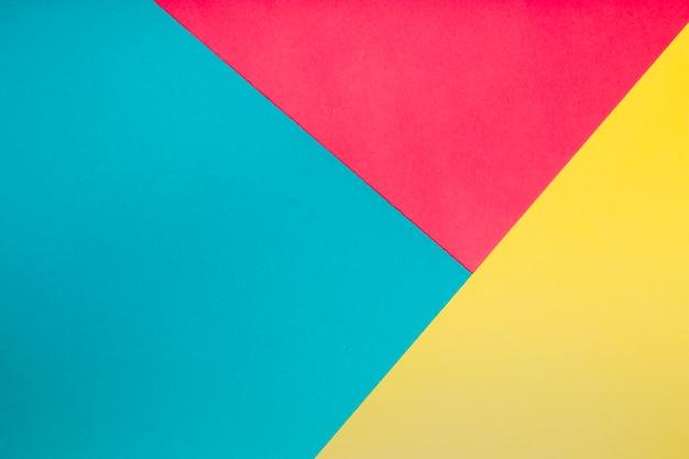 Bovenaanzicht geometrische vormen in verschillende kleuren Gratis Foto