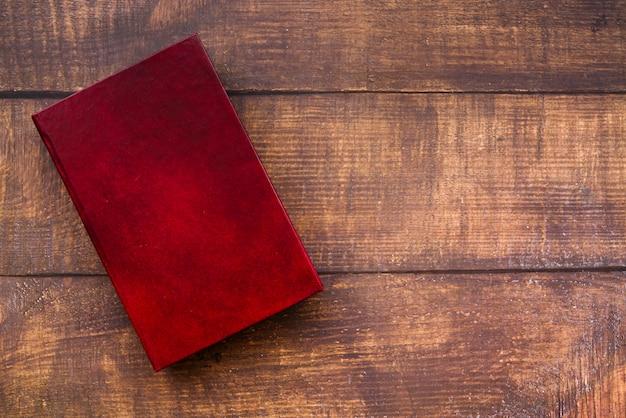 Bovenaanzicht gesloten boek Gratis Foto