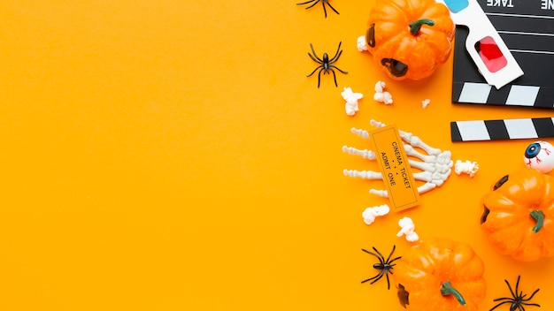 Bovenaanzicht halloween concept met kopie ruimte Gratis Foto