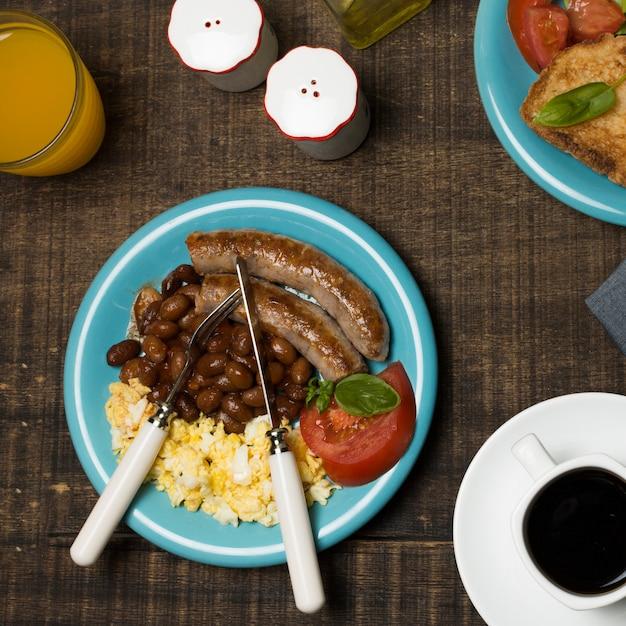 Bovenaanzicht heerlijk ontbijt Gratis Foto