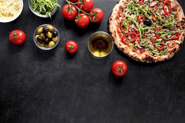 Bovenaanzicht italiaans eten frame Gratis Foto