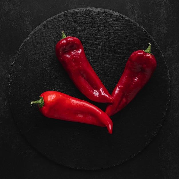Bovenaanzicht kapia zoete paprika's Gratis Foto