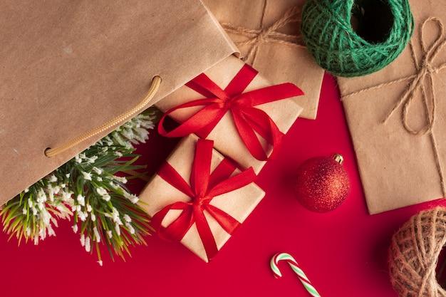 Bovenaanzicht kerst concept decoratie Gratis Foto
