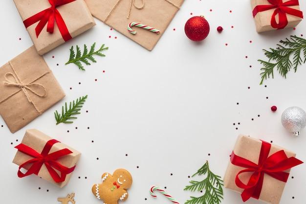 Bovenaanzicht kerstdecoratie met kopie ruimte Premium Foto