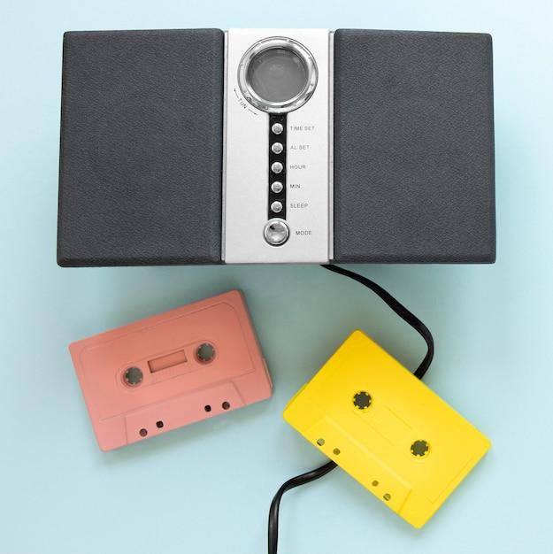 Bovenaanzicht kleurrijke cassettes tapes Gratis Foto