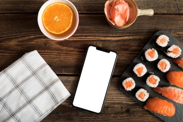 Bovenaanzicht kopiëren plakken met sushi Gratis Foto