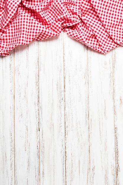 Bovenaanzicht rode doek frame met kopie ruimte Premium Foto