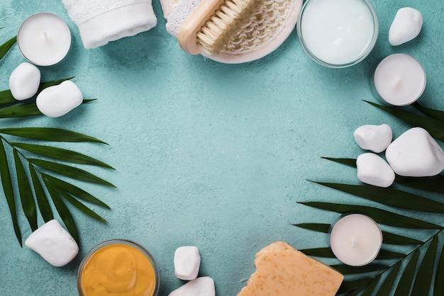 Bovenaanzicht spa-behandeling accessoires met kopie ruimte Gratis Foto