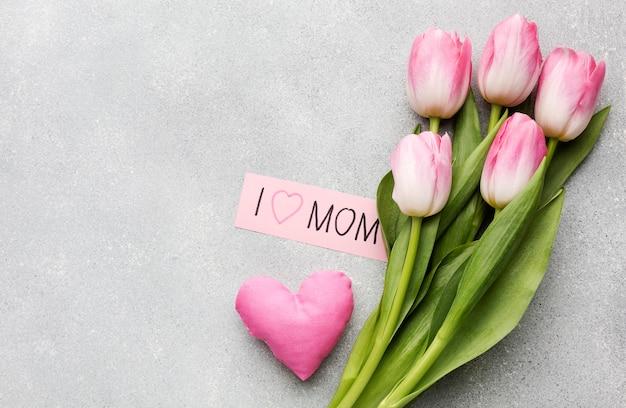 Bovenaanzicht tulpen boeket Gratis Foto