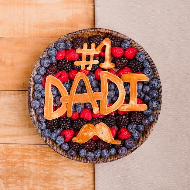 Bovenaanzicht vaderdag dessert Gratis Foto