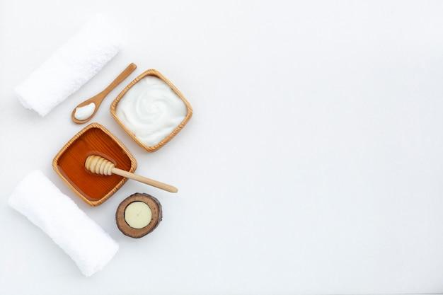 Bovenaanzicht van body butter cream met kopie ruimte Gratis Foto