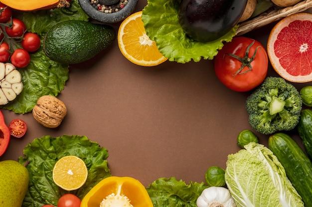Bovenaanzicht van groenten met kopie ruimte Gratis Foto