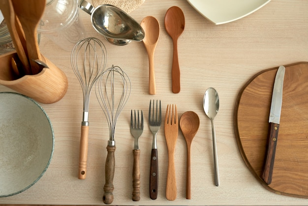 Bovenaanzicht van keukengerei flatlay Gratis Foto