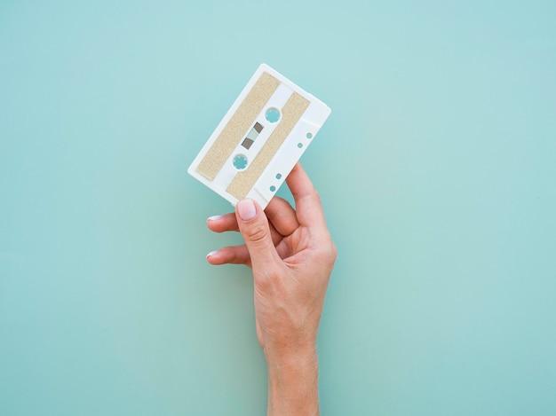 Bovenaanzicht van muziek concept met cassette Gratis Foto