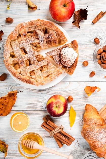 Bovenaanzicht van smakelijk ontbijt Gratis Foto