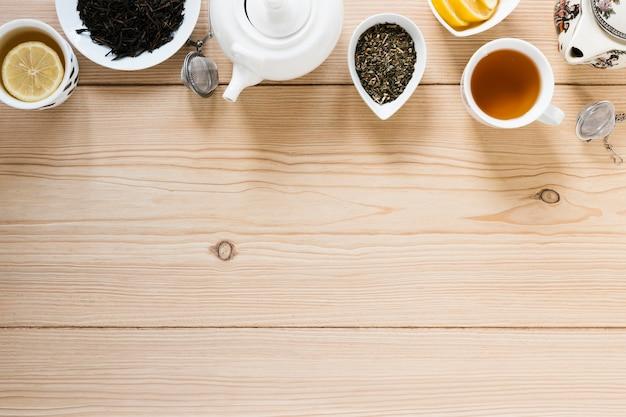 Bovenaanzicht van thee met kopie ruimte Gratis Foto
