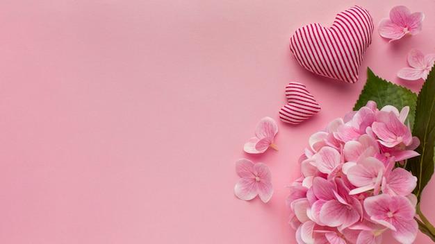 Bovenaanzicht van valentijnsdag met kopie ruimte Premium Foto