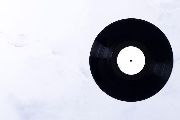 Bovenaanzicht van vinylschijf Gratis Foto