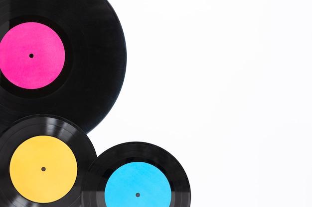 Bovenaanzicht vinyl schijven met kopie ruimte Gratis Foto