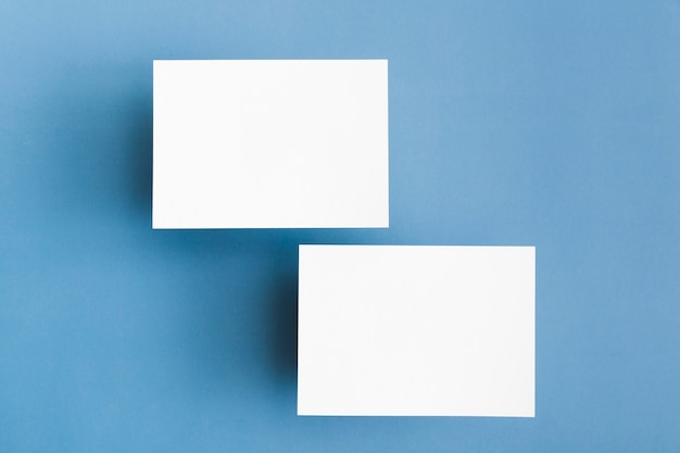 Briefpapier visitekaartjes concept Gratis Foto