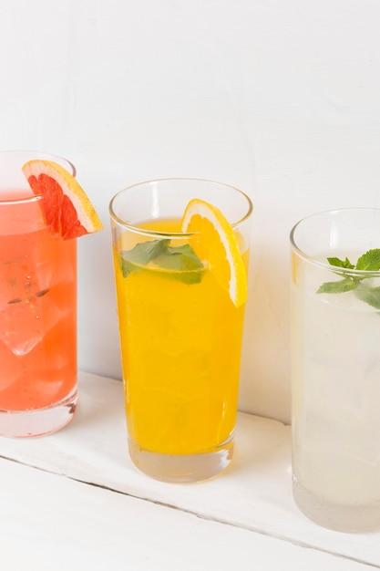 Bril met citrus drankje Gratis Foto
