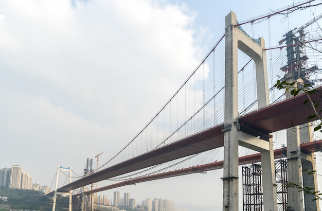 Bruggen in aanbouw in chongqing, china Premium Foto