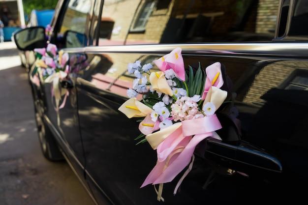 Bruiloft auto decoratie Premium Foto
