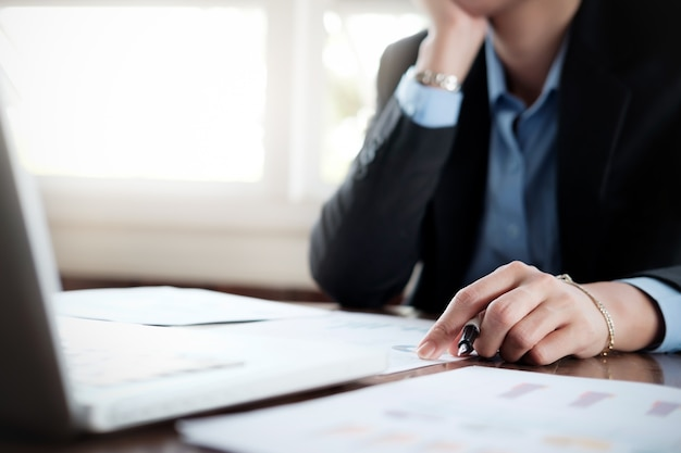 Business analyse planning en oplossing objectief strategie concept. Gratis Foto